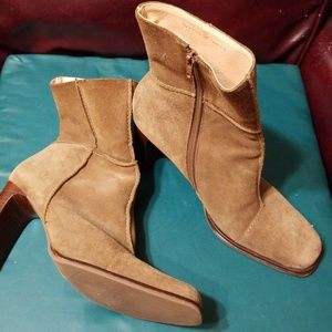 Worthington Leather Suede Taupe Ankle Boots 9 M